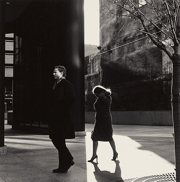 City Whispers: Philadelphia : Ray K. Metzker