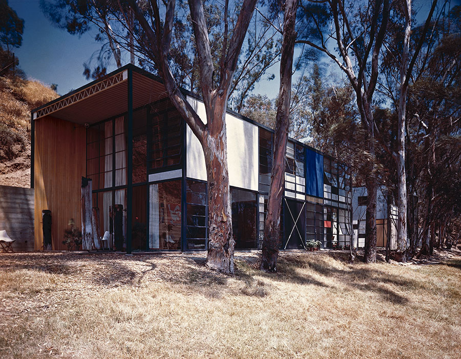 Case Study House No    The Eames House  Pacific Palisades Pinterest