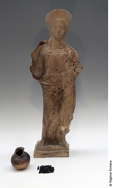 Statuette of Demeter, Jug with Seeds / Unknown