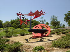 Gandydancer's Dream / di Suvero