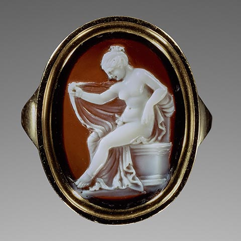 <em>Cameo with Hermaphroditos</em>, Greek, 150-100 BC, attributed to Protarchos, sardonyx set in a modern gold ring. The J. Paul Getty Museum