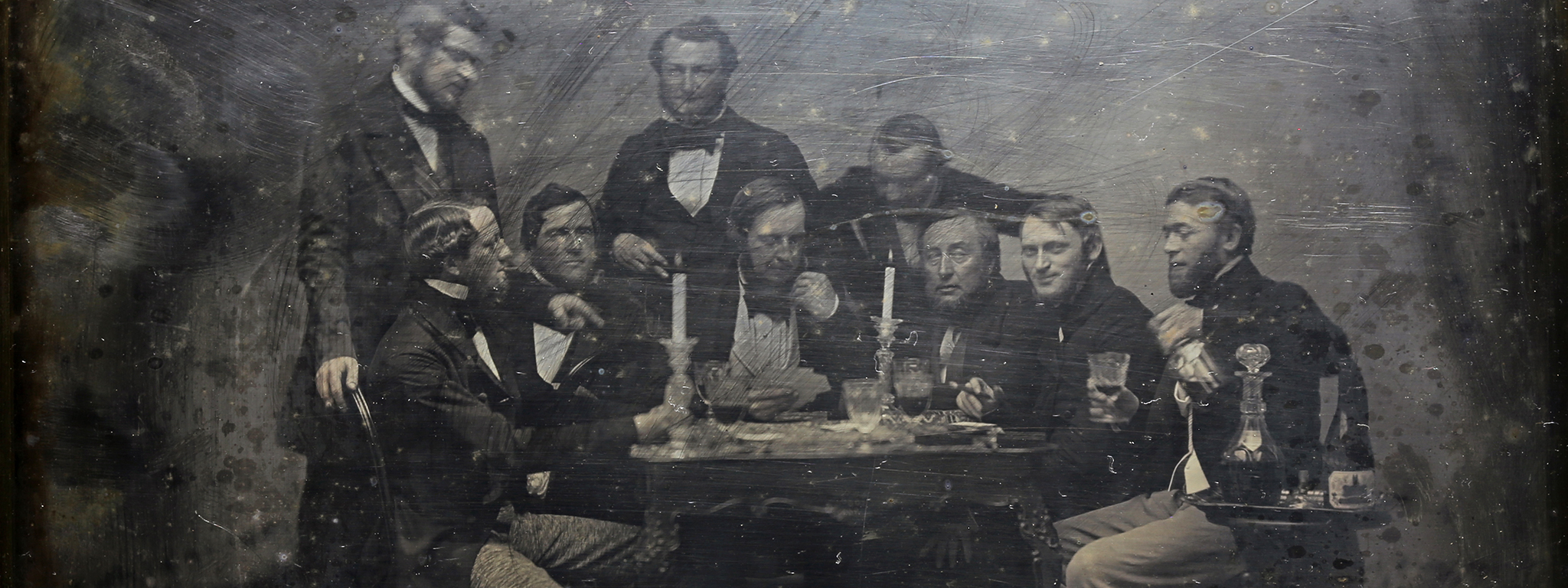 Inmigrantes alemanes en Buenos Aires jugando cartas / German Immigrants in Buenos Aires Playing Cards, about 1852, Charles DeForest Fredricks, daguerreotype. Courtesy of Carlos G. Vertanessian