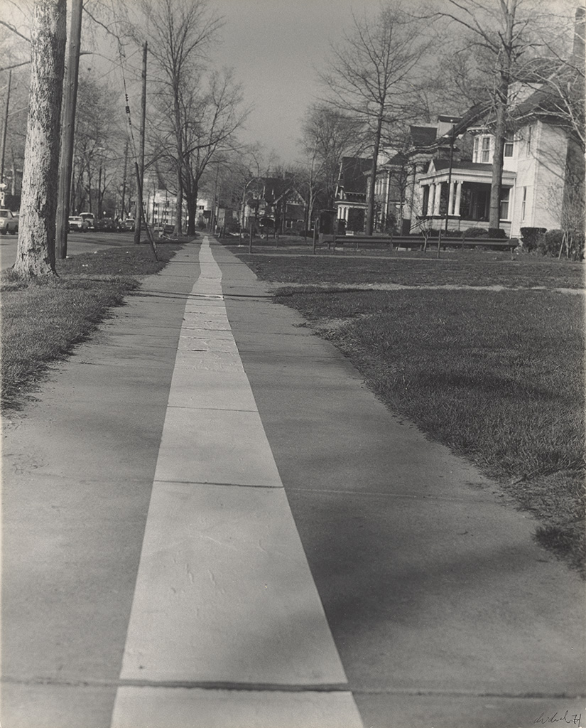 Tape Project: Sidewalk 1,1971, Jaime Davidovich, gelatin silver print. The J. Paul Getty Museum. @ Jaime Davidovich