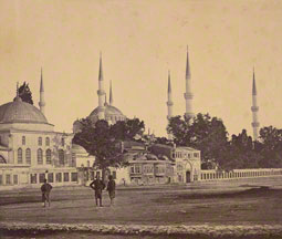 Sultan Ahmed's Mosque / Felice Beato