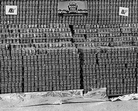 Supermarket Display of Baked Beans, North Shields, Tyneside, 1981, Chris Killip,  gelatin silver print.