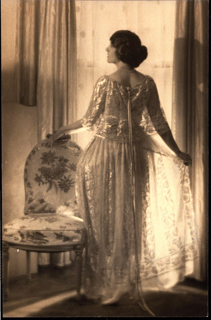 Actress Mary Nash Modeling a Diaphanous Dress, 1923, Wynn Richards, gelatin silver print. Courtesy of and © Condé Nast / Vogue, January 1, 1923