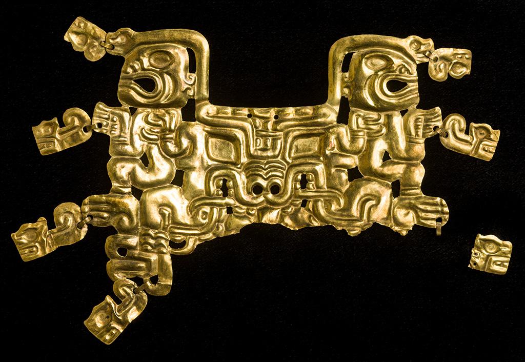 Gold artifacts mayan The Treasure