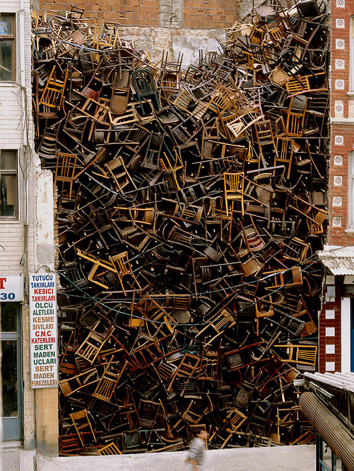 An installation by colombian artist doris salcedo
