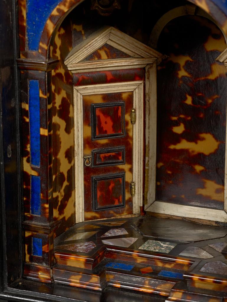 Display Cabinet Kabinettschrank Getty Museum