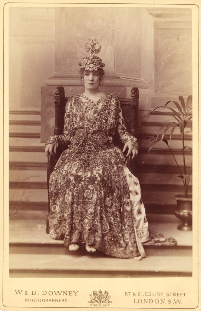 Sarah Bernhardt As The Empress Theodora In Sardou S