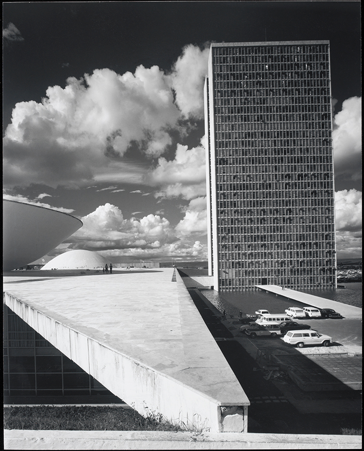 Congress Building and Ministries, Brasilia / Shulman